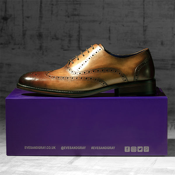 Fine Italian leather Brogue in burnished Tobacco - Lincoln 1